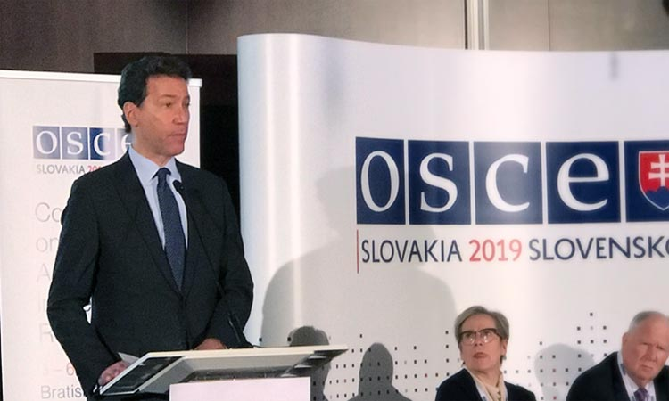 U.S. Ambassador to Slovakia Adam Sterling speaks at the OSCE International Conference Against Anti-Semitism in Bratislava, Slovakia on February 5, 2019. (US Helsinki Commission/Thompson)