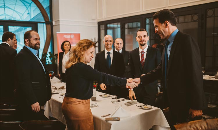 Ambassador Sterling meets the business community in Eastern Slovakia (AmCham photo)